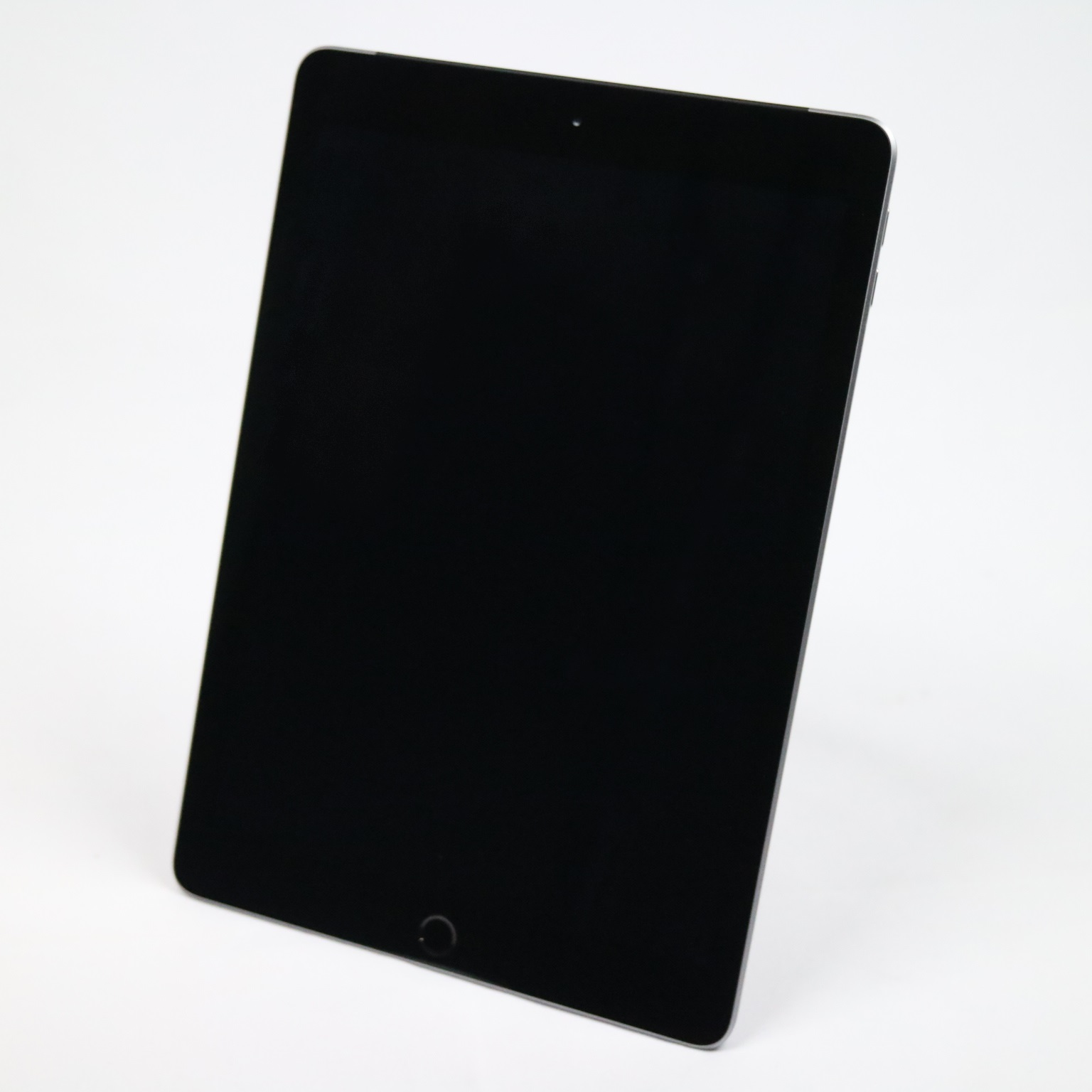 iPad 5 Wi-Fi+Cellular(au) (MP1J2J/A) / 32GB/ 9.7インチ/ スペースグレイ