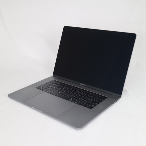 MacBook Pro (15-inch、2017)/ 15.4インチ/ Core i7/ 3.1GHz/ 16GB/ SSD 256GB/ US英字キーボード